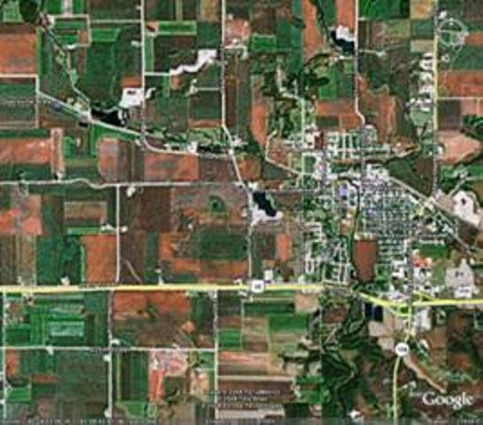 Google Earth satellite image of Dyersville area